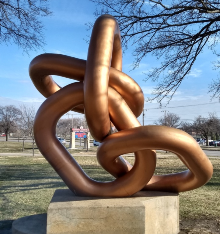 Links sculpture